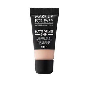 🟣 MAKE UP FOR EVER Matte Velvet Skin Foundation